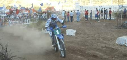 LA FINAL 2004 EN CERRO CHENA - SANTIAGO